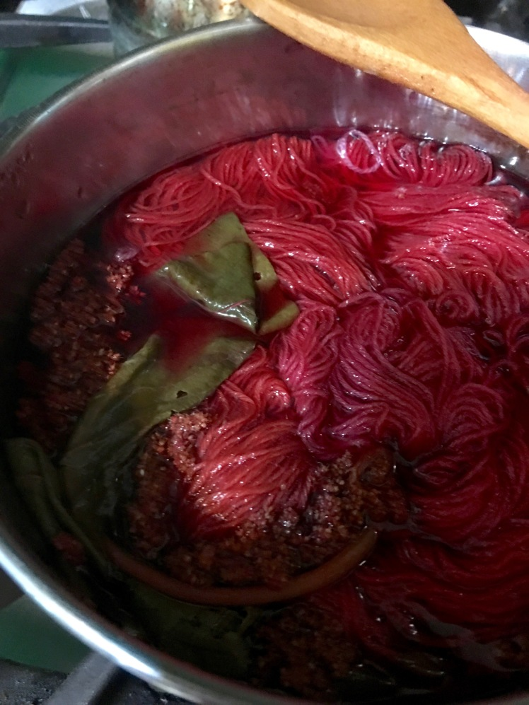 amaranth dye bath
