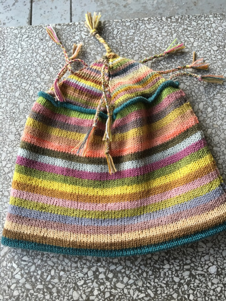 Machine-knit hat made from plant-dyed yarn
