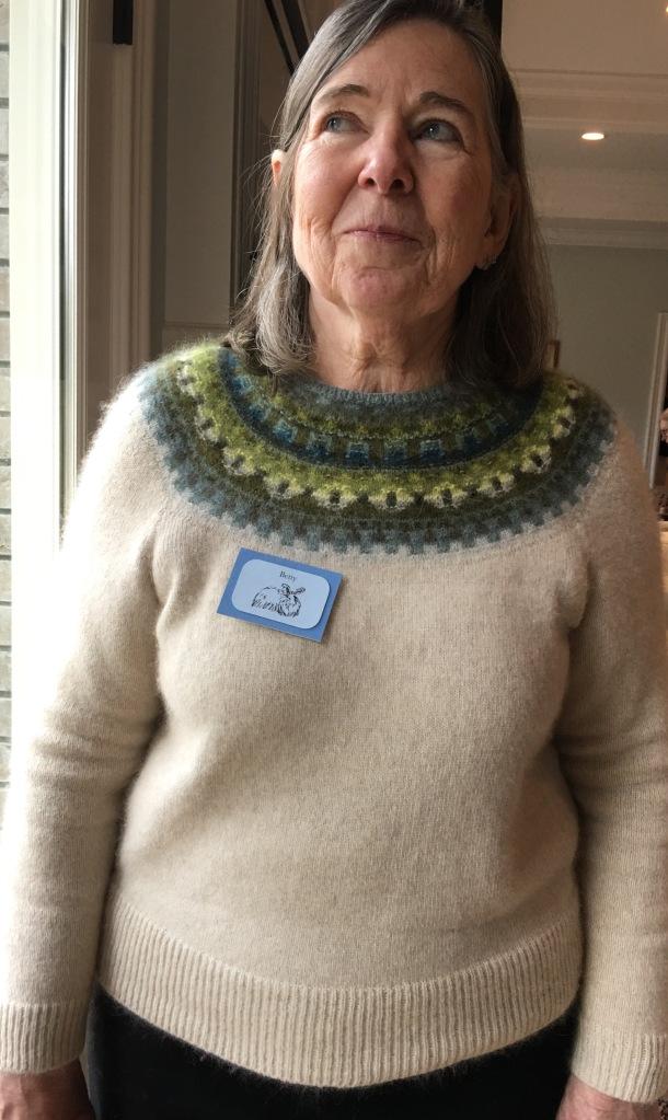 Hybrid pullover combining Bohus hand Knitting and machine knitting